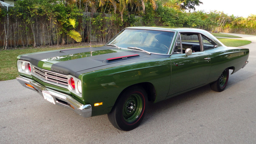 1969 Plymouth Road Runner 383 CI, 4-Speed presented as lot L161 at Kissimmee, FL 2013 - image8
