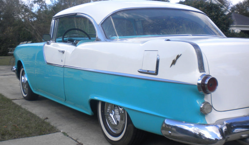 1955 Pontiac Catalina Hardtop presented as lot L216 at Kissimmee, FL 2013 - image3