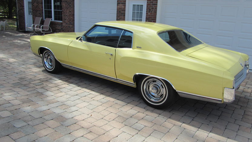 1972 Chevrolet Monte Carlo 402 CI, Automatic presented as lot W211.1 at Kissimmee, FL 2013 - image8