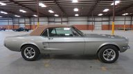 1967 Ford Mustang Convertible 289 CI presented as lot W268.1 at Kissimmee, FL 2013 - thumbail image2