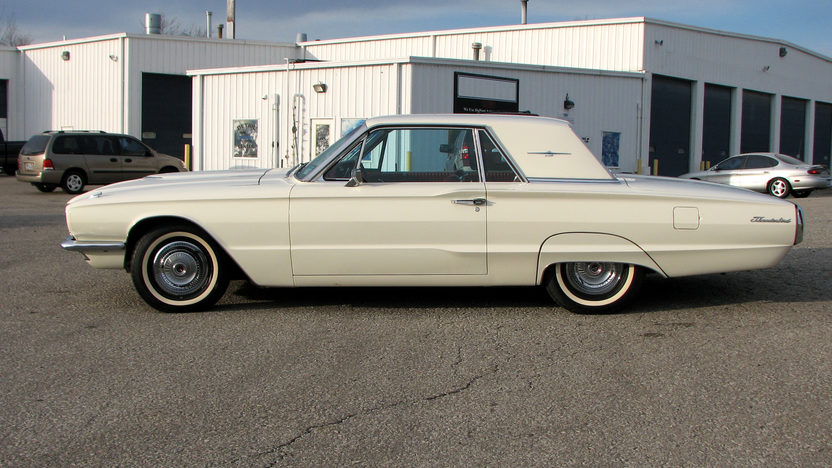 1966 Ford Thunderbird 390/265 HP, Automatic presented as lot F96.1 at Kissimmee, FL 2013 - image2