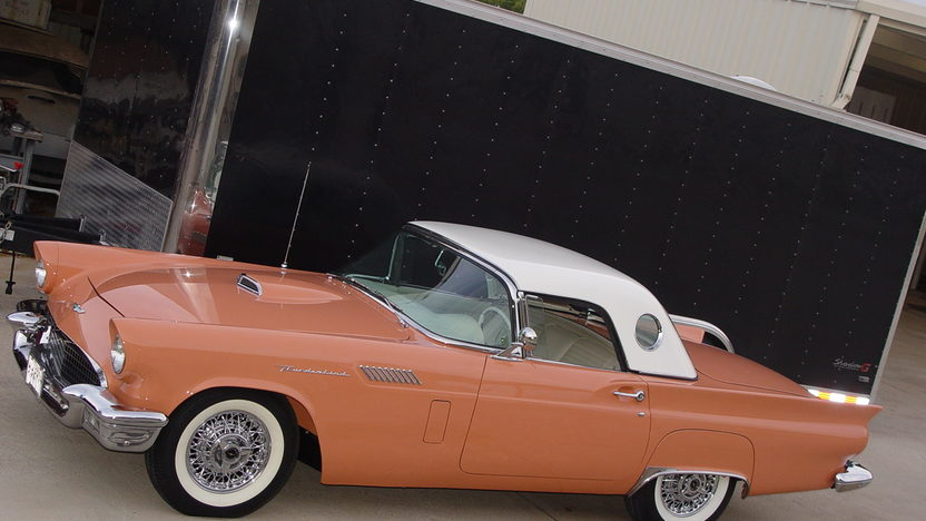 1957 Ford Thunderbird 312/245 HP, Minter Restoration presented as lot S84.1 at Kissimmee, FL 2013 - image10