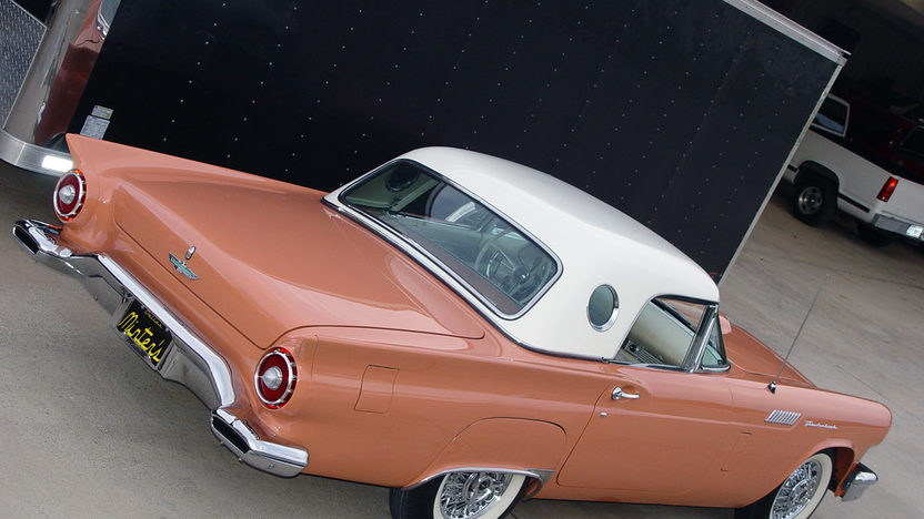 1957 Ford Thunderbird 312/245 HP, Minter Restoration presented as lot S84.1 at Kissimmee, FL 2013 - image2