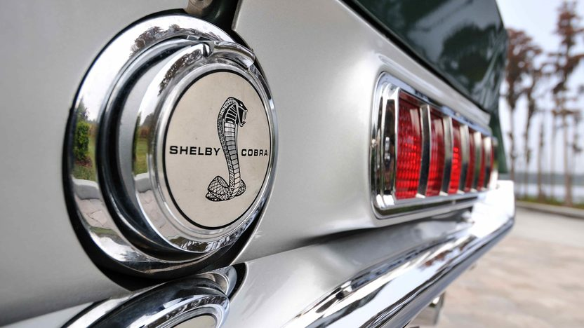 1968 Shelby GT500 Fastback 428 CI, Automatic presented as lot F303 at Kissimmee, FL 2013 - image9