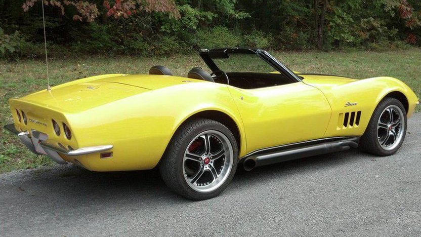 1969 Chevrolet Corvette Convertible 350/350 HP, 4-Speed presented as lot L151 at Kissimmee, FL 2013 - image2