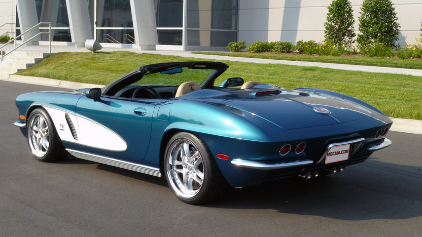 2004 Chevrolet Corvette Convertible 350/350 HP, Automatic presented as lot F144.1 at Kissimmee, FL 2013 - image2