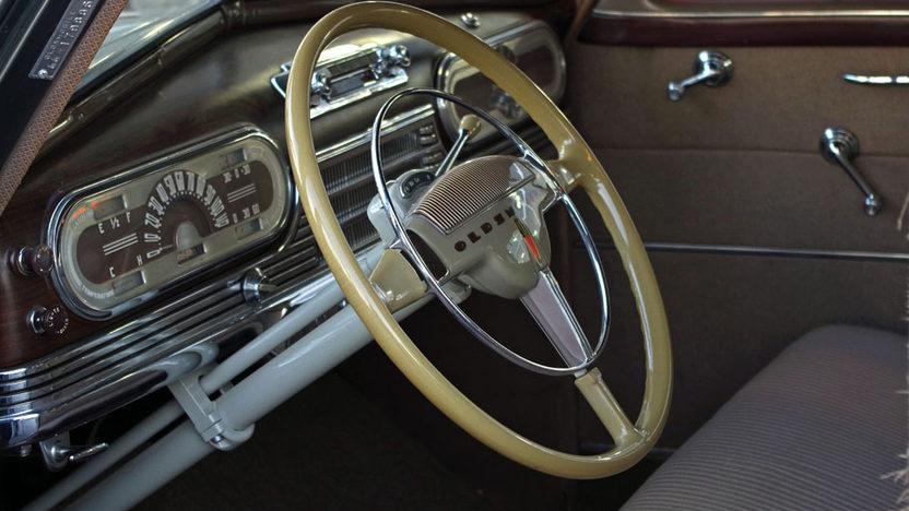 1948 Oldsmobile Dynamic Sedan presented as lot S20.1 at Kissimmee, FL 2013 - image2
