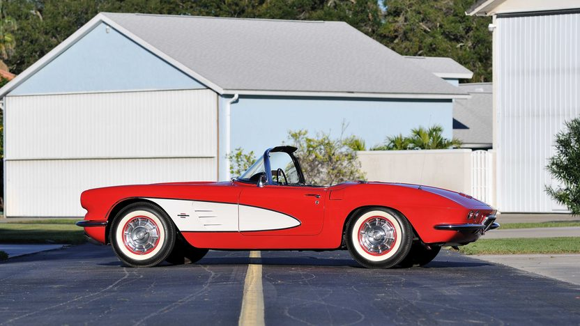 1961 Chevrolet Corvette Convertible 327/250 HP, 4-Speed presented as lot K189 at Kissimmee, FL 2013 - image2