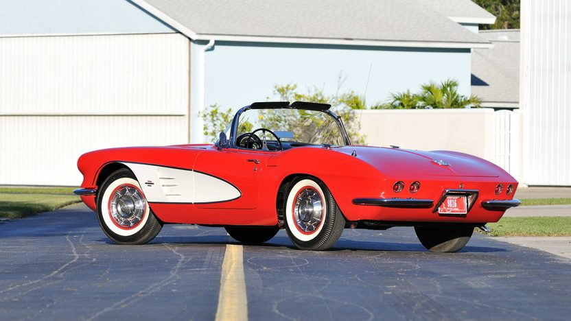 1961 Chevrolet Corvette Convertible 327/250 HP, 4-Speed presented as lot K189 at Kissimmee, FL 2013 - image3