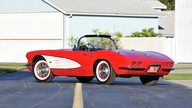 1961 Chevrolet Corvette Convertible 327/250 HP, 4-Speed presented as lot K189 at Kissimmee, FL 2013 - thumbail image3