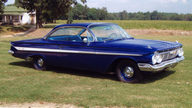 1961 Chevrolet Impala Coupe 409/425 HP, 4-Speed presented as lot K209 at Kissimmee, FL 2013 - thumbail image8