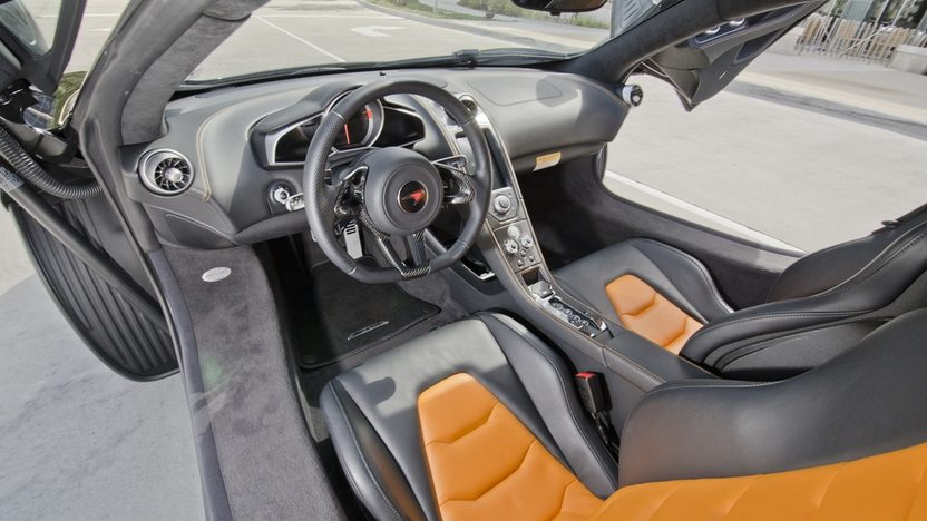 2012 McLaren MP4-12C 2,400 Actual Miles presented as lot S105.1 at Kissimmee, FL 2013 - image4