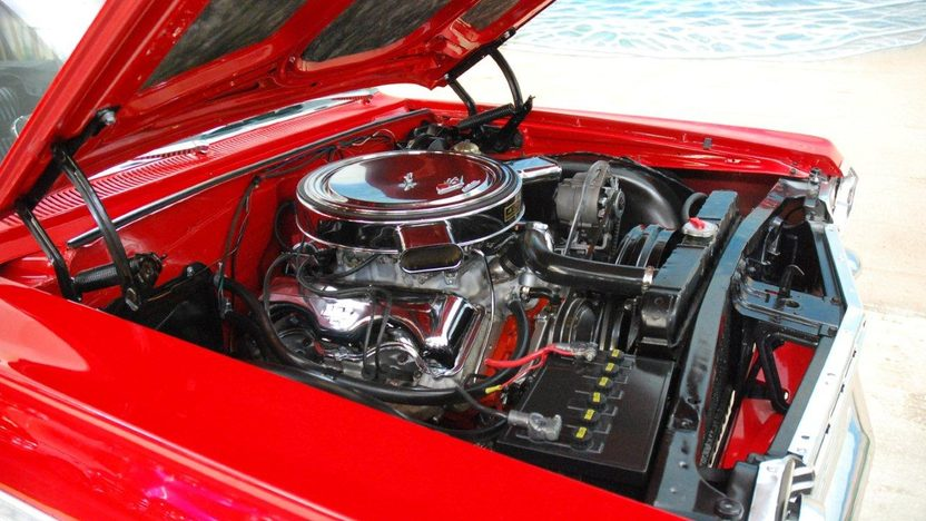 1964 Chevrolet Impala SS Convertible 409/425 HP, 4-Speed presented as lot T207 at Kissimmee, FL 2013 - image9