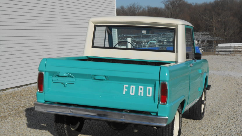 1966 Ford Bronco presented as lot W320 at Kissimmee, FL 2013 - image2