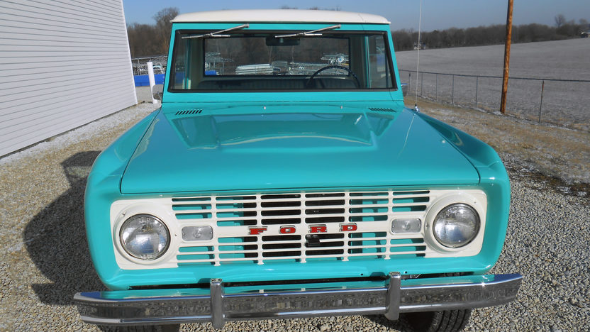 1966 Ford Bronco presented as lot W320 at Kissimmee, FL 2013 - image8