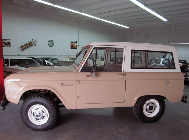 1966 Ford Bronco presented as lot G41 at Kissimmee, FL 2013 - image2