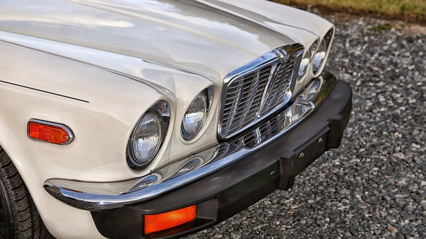 1978 Jaguar XJ6L 4.2L, Automatic presented as lot K1 at Kissimmee, FL 2014 - image11