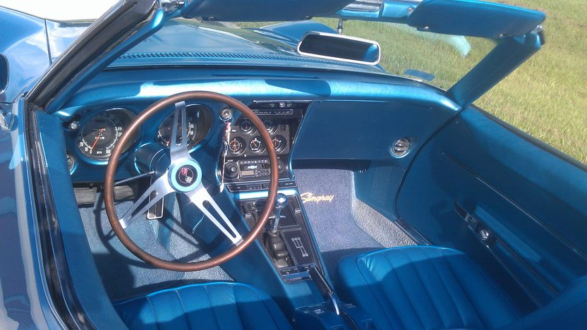 1968 Chevrolet Corvette Convertible 327/350 HP, 4-Speed presented as lot K216 at Kissimmee, FL 2014 - image3