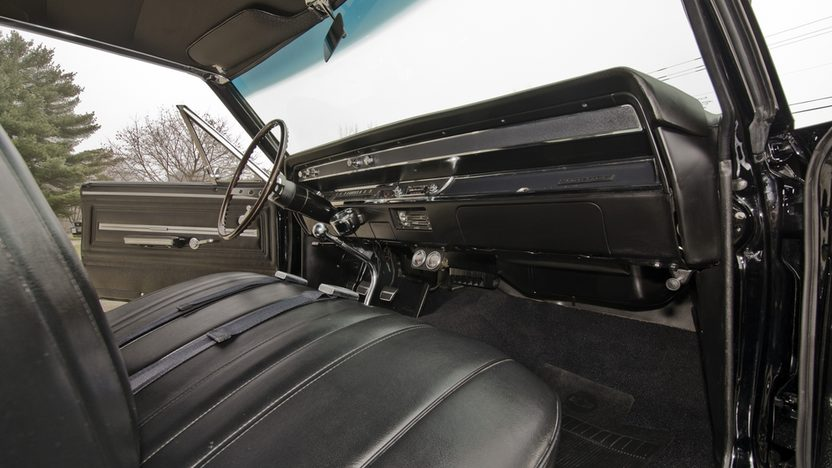 1966 Chevrolet Chevelle SS Hardtop 396/360 HP, 4-Speed presented as lot T232 at Kissimmee, FL 2014 - image4