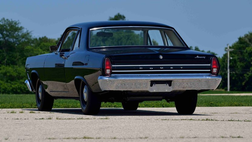 1967 Mercury Comet 202 Sedan R-Code 427/425 HP, Unrestored 2,000 Mile Car presented as lot F279 at Kissimmee, FL 2014 - image3