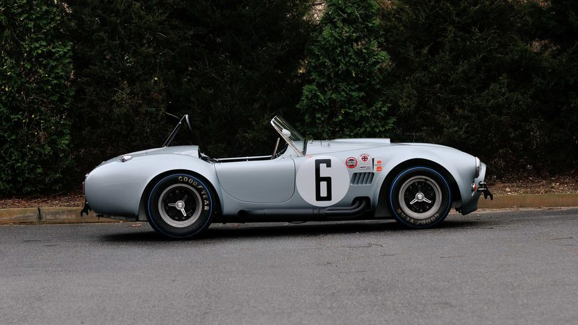 1965 Shelby 427 Competition Cobra CSX3016, 1966 Sebring Class Winner presented as lot S154 at Kissimmee, FL 2014 - image2