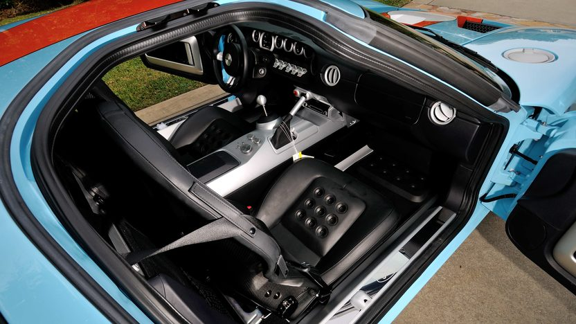 2006 Ford GT Heritage Edition presented as lot S196 at Kissimmee, FL 2014 - image5