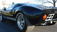 1966 Ford GT40 Replica 427/450 HP, 5-Speed presented as lot S103 at St Charles, IL 2012 - thumbail image8