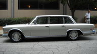 1970 Mercedes-Benz 600 SWB Limousine presented as lot S111 at St Charles, IL 2012 - thumbail image7