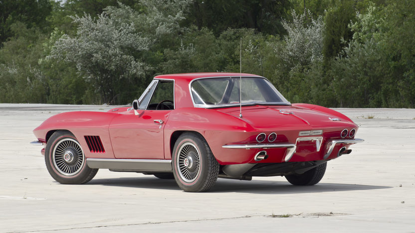 1967 Chevrolet Corvette Convertible 427/435 HP, 4-Speed presented as lot S115 at St Charles, IL 2012 - image2