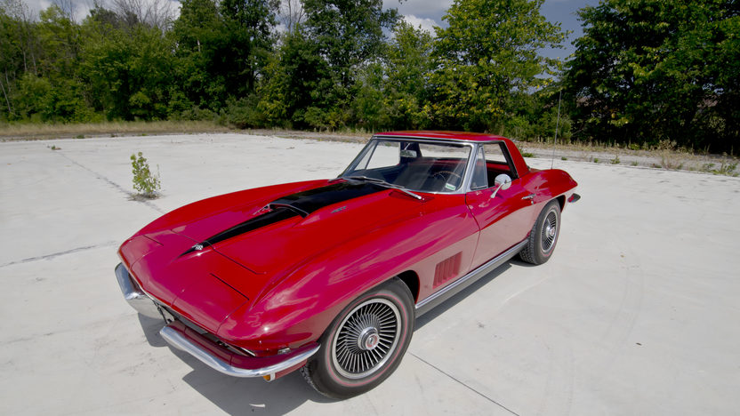 1967 Chevrolet Corvette Convertible 427/435 HP, 4-Speed presented as lot S115 at St Charles, IL 2012 - image8