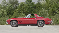 1967 Chevrolet Corvette Convertible 427/435 HP, 4-Speed presented as lot S115 at St Charles, IL 2012 - thumbail image10
