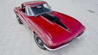 1967 Chevrolet Corvette Convertible 427/435 HP, 4-Speed presented as lot S115 at St Charles, IL 2012 - thumbail image3