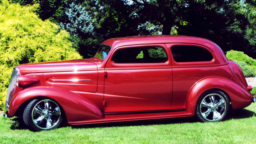 1937 Chevrolet Street Rod 385 CI, Custom Built presented as lot S137 at St Charles, IL 2012 - image2