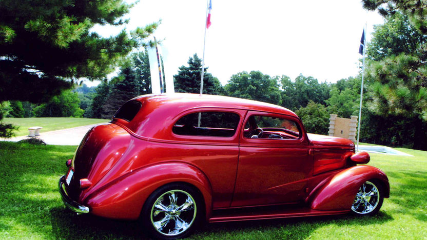 1937 Chevrolet Street Rod 385 CI, Custom Built presented as lot S137 at St Charles, IL 2012 - image7