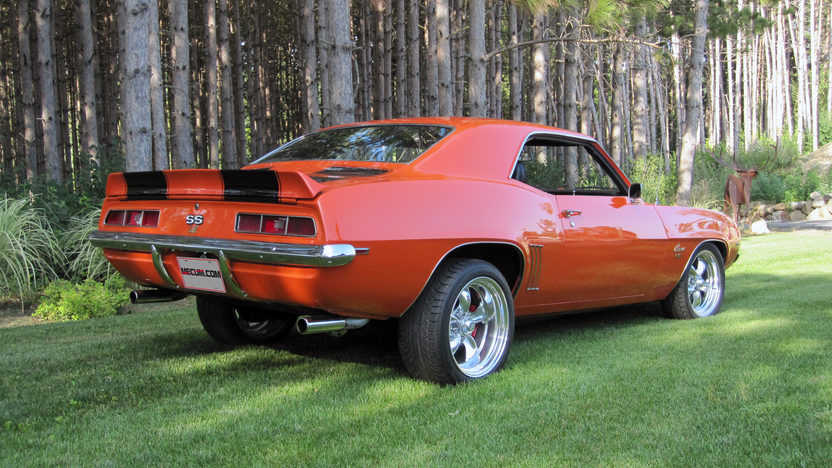 1969 Chevrolet Camaro Resto Mod LS2, Automatic presented as lot S175 at St Charles, IL 2012 - image2