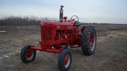 1956 Farmall 400 Tractor