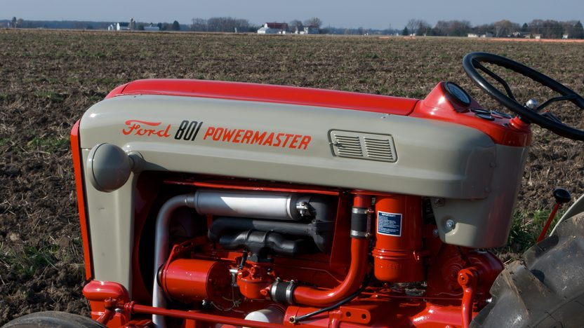 1961 Ford 801 Tractor presented as lot S45 at Walworth, WI 2011 - image2