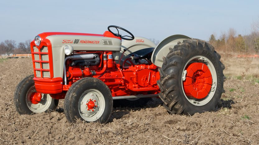 1961 Ford 801 Tractor presented as lot S45 at Walworth, WI 2011 - image8