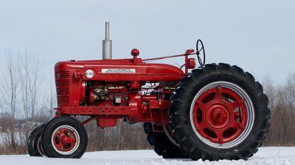1958 Farmall British B-450 Tractor