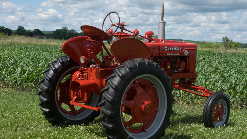 1953 Farmall Super H Tractor presented as lot S33 at Walworth, WI 2010 - image2