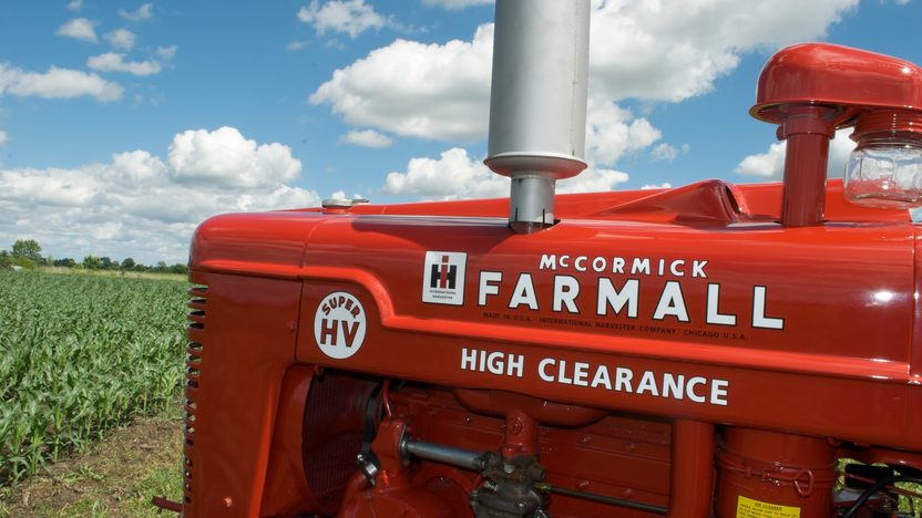 1953 Farmall Super H Tractor presented as lot S33 at Walworth, WI 2010 - image4