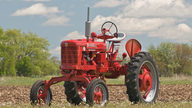 1953 Farmall Super H Tractor presented as lot S33 at Walworth, WI 2010 - thumbail image3