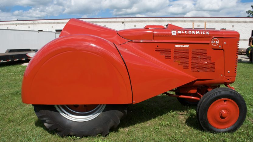 1950 Farmall O-6 Orchard Tractor presented as lot S36 at Walworth, WI 2010 - image3