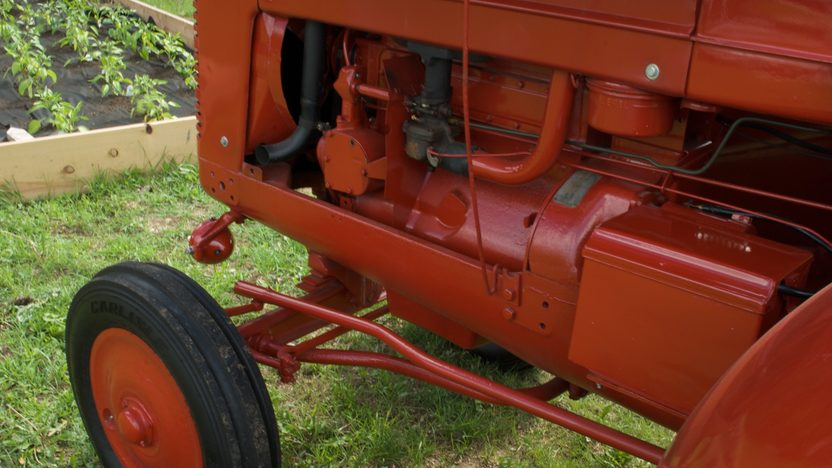 1950 Farmall O-6 Orchard Tractor presented as lot S36 at Walworth, WI 2010 - image4