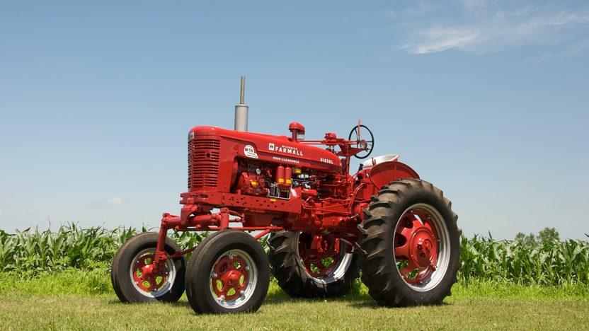 1954 Farmall Super MDV TA Tractor presented as lot S44 at Walworth, WI 2010 - image4