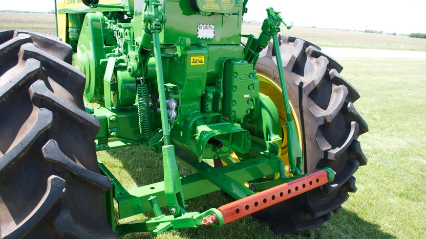1958 John Deere 720 High Crop presented as lot S55 at Walworth, WI 2011 - image2