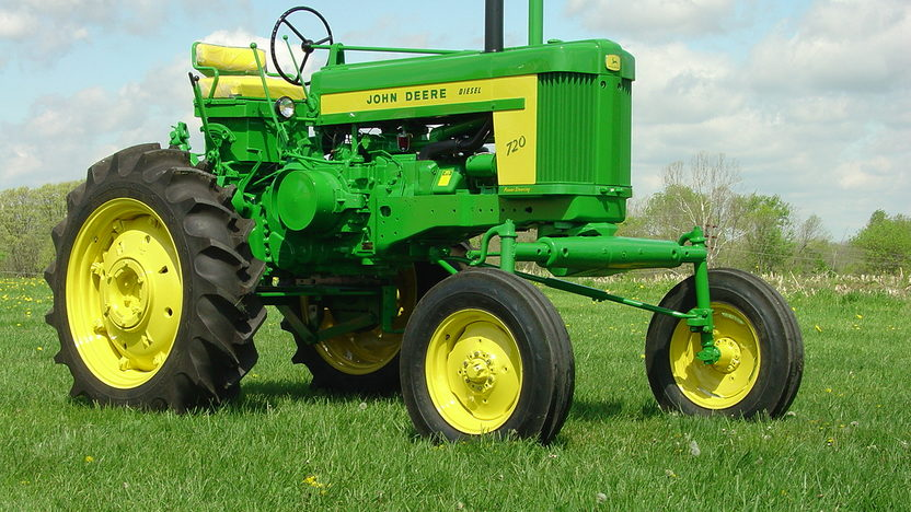 1958 John Deere 720 High Crop presented as lot S55 at Walworth, WI 2011 - image3