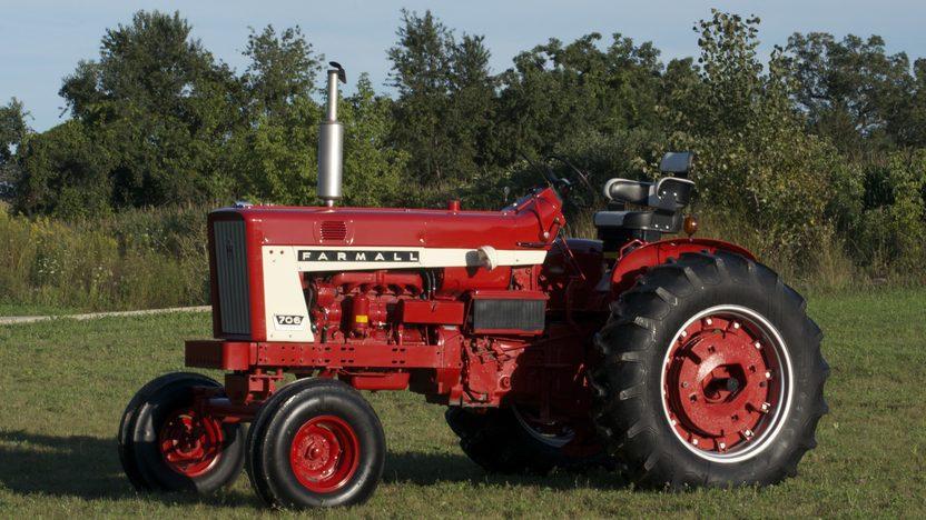 1964 Farmall 706 Diesel