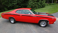 1971 Plymouth Duster Twister 340/275 HP, Automatic presented as lot F11 at Houston, TX 2012 - thumbail image9