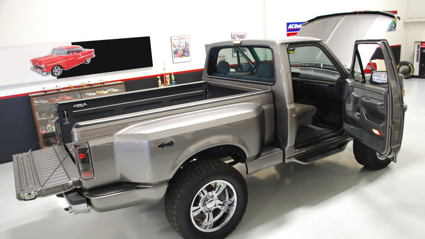 1992 ford f150 short bed 4x4 pickup mecum houston 2012 s29. Black Bedroom Furniture Sets. Home Design Ideas